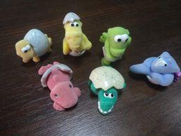 Игрушки из киндер-сюрприз. Бархатная серия Dinosaurier NV 017-022 2008
