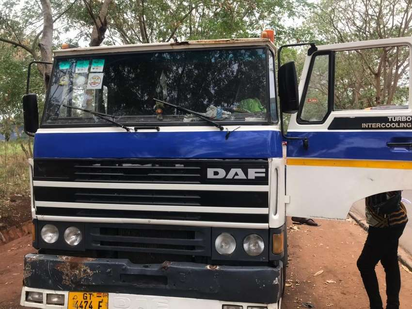 DAF 25, Forget about the registration.its in solid condition 0