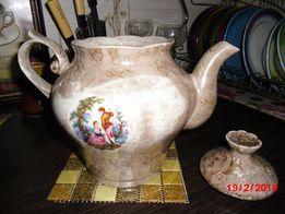 Большой винтажный фарфоровый чайник с прошлого столетия клеймо