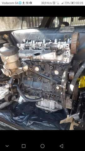 Opel corsa 1.7 dti All Engine parts for strip