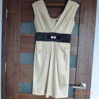 śliczna sukienka kremowa rozmiar 36 kryształowa broszka
