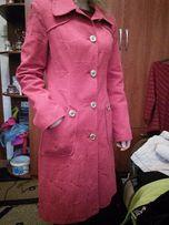 Демисезонное пальто,плащ