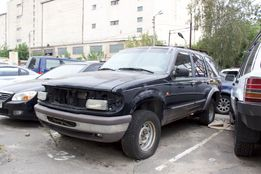 Ford Explorer 1996 год 4.0 под разборку