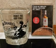 Jack Daniel's szklanki.