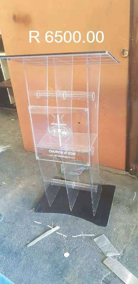 Clear Three Leg Pulpits/ Lecterns with Tubes