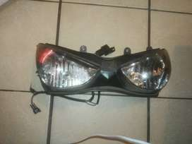 2007 Kawasaki 636 headlights for sale only R1000 normal price is 2500