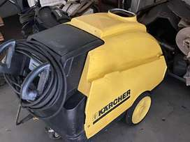 Karcher Industrial Warm Water High Pressure Washer