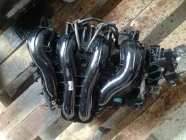 MAZDA 3, 5 Intake, exhaust manifold and other parts stripped