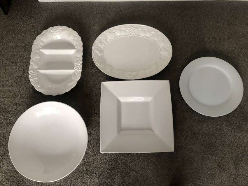 Beautiful white serving platters 0