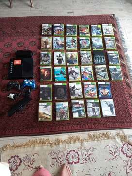 Xbox 360 and 30 games