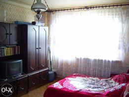 Продам 2-х комнатную квартиру улучшенной планировки возле метро