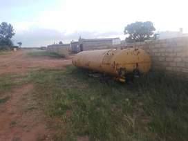 10000 lt tank for sale R 10000 give way price