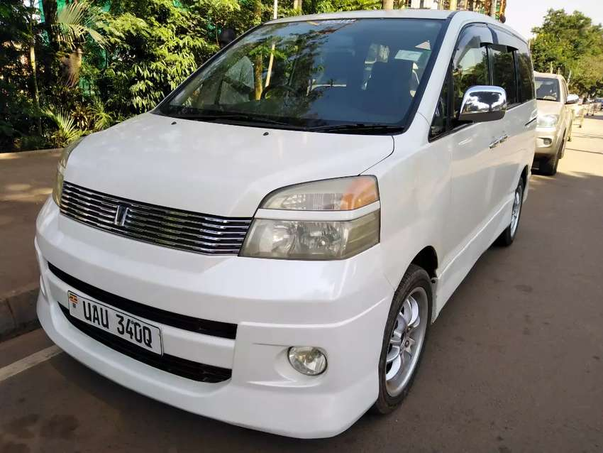 Toyota voxy UAU 2002 model on sale. 0