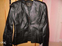 Продам куртку женскую кожаную 48-50р