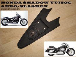 Накладка (галстук) на бак для мото Honda Shadow VT750 AERO