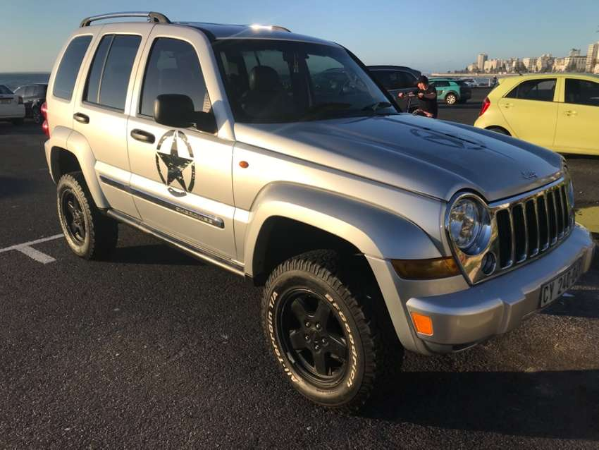 Jeep Cherokee limited edition raised body 4x4 AT excellent condition 0