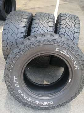 265 70 R17 Cooper Discovery ST Max Tyres