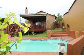7 Bedroom Home For Sale in Kaysers Beach