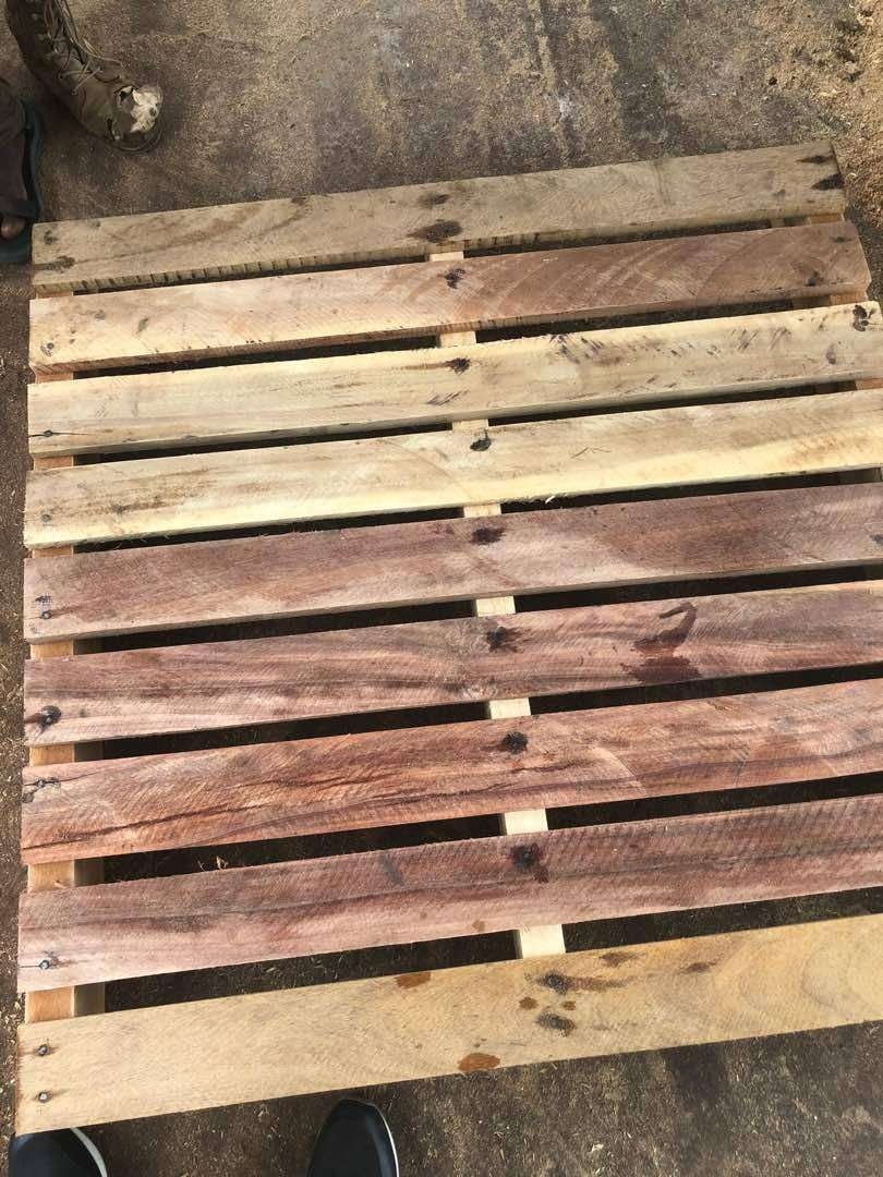 Wooden Pallets 0