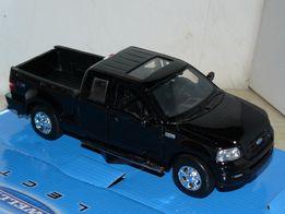 Масштабная модель Ford F-150 FX4 2004 (1:31) Maisto