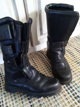 Ladies Leather motorcycle boots, size 5