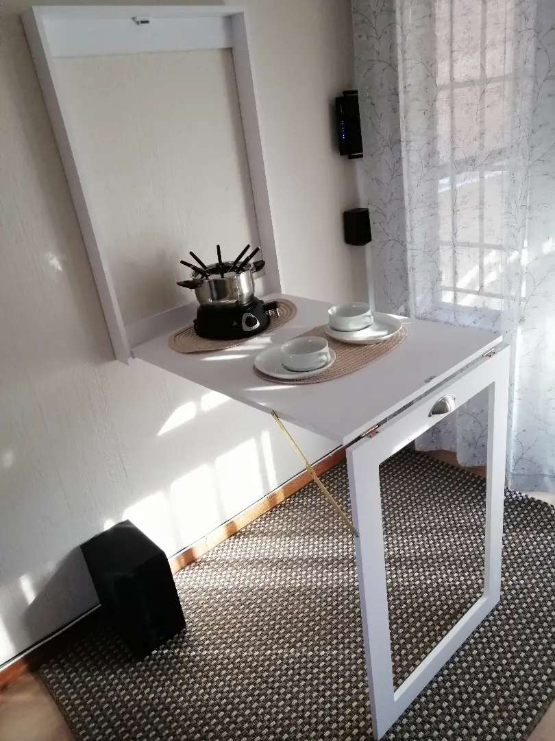 Fold-Up Table/Desk Picture Frame 0