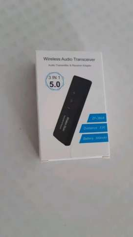 Bluetooth 3 in 1 transmitter reciever with built in battery brand new