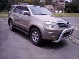 2007 Toyota Fortuner, leather interior, sparekey, 7seater,engine 4.0V6