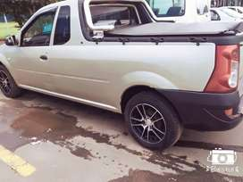 2007  Nissan NP200 manual gold in colour