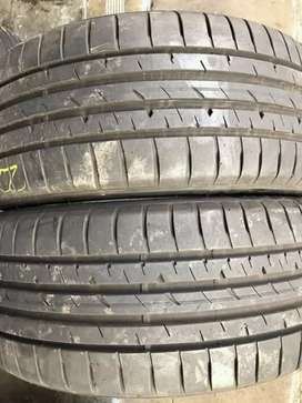2 × 225 / 40 / 19 runflat Goodyear tyres for sale