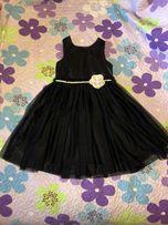 Продам красивое платье на девочку 6-8 лет