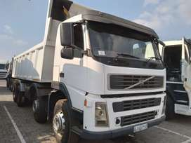 Volvo FM 340, 18 Cube Tipper Truck for sale