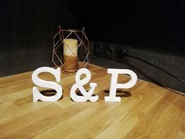Dekoracje ślubne - litery S&P w kolorze białym