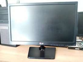 LG 19EN33S 19 HD LED Monitor
