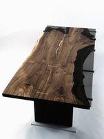 Обеденный ( офисный ) стол из ореха в стиле live edge.