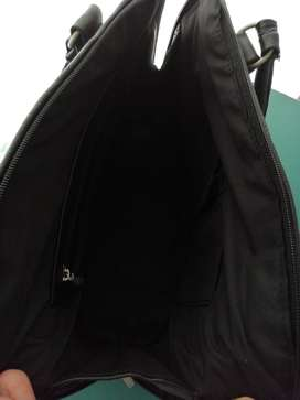 Leather handbag. Soft leather in black