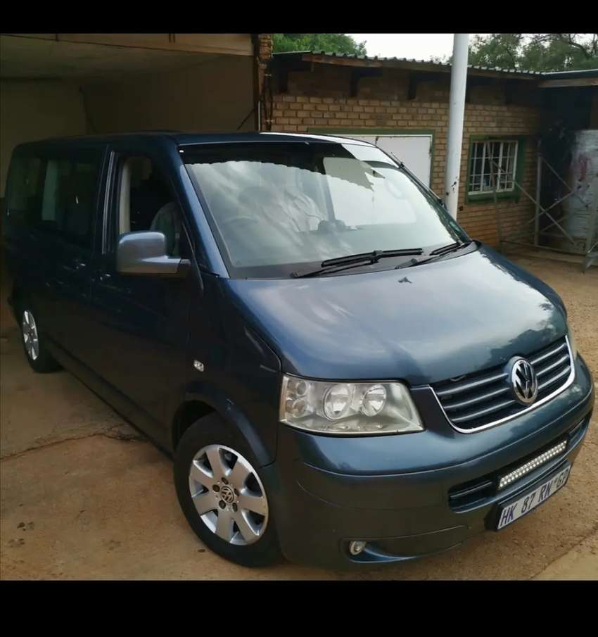 Volkswagen T5 Caravelle 2007 2.5Tdi Automatic AXD Motor