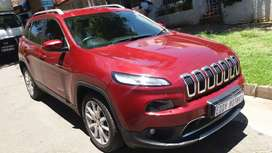 2017 jeep Cherokee limited v6 A/T