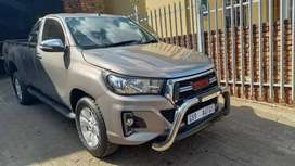 2016 Toyota Hilux 2.8 GD6 RB Raider for sale.