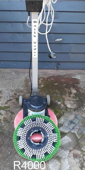 Carpet  Floor Scrubber Neumatic