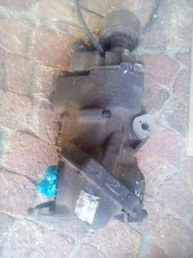 2006 VOLVO XC90 D5 2.4TD REAR DIFF WITH SET OF CV SHAFTS