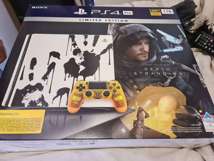 Playstation pro 4 limited edition 0