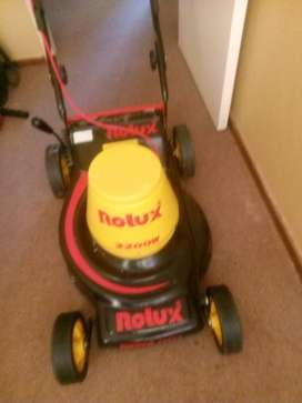 Rolux lawnmower and trimmers machine