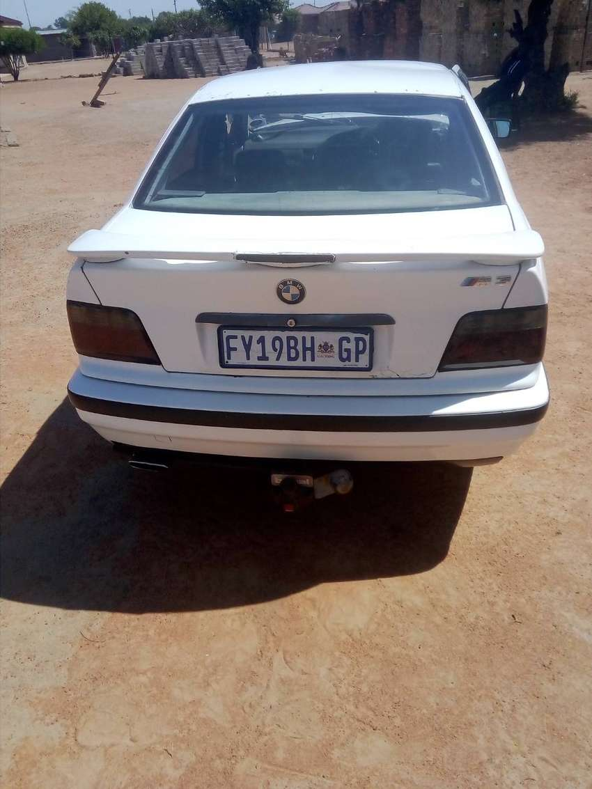BMW for stripping selling parts 0