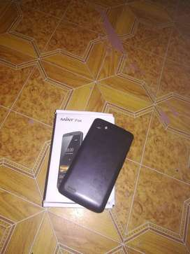 Touch screen phone with box R260