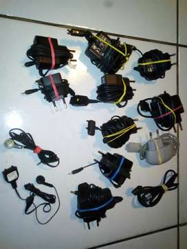 Old cellphone chargers & headphones (R100 each)