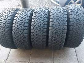 5 bfgoodrich ko2 tyres and mags  sizes 265/75/16 now available