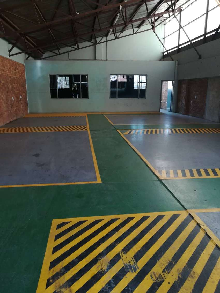 200m2 factory to let in Benoni 0