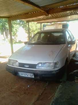 Ford Sapphire for urgent sale.