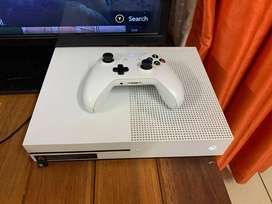 Xbox 1s 500 GB for sale